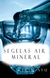 Segelas Air Mineral